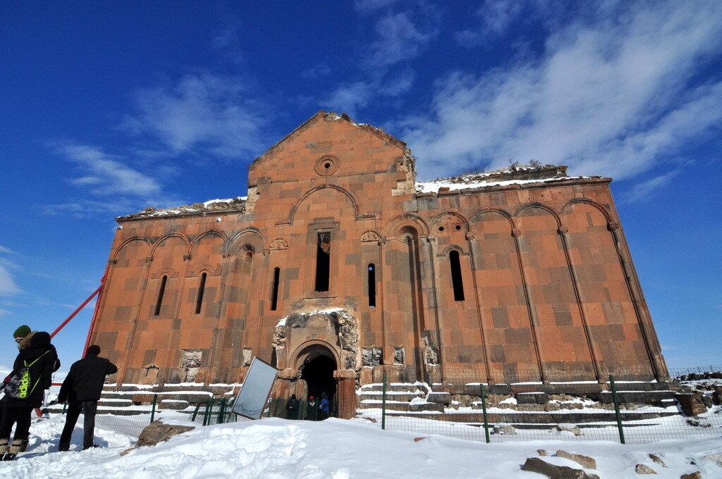 Ani Harabeleri Katedral